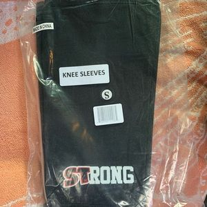 Other - STrong Knee Sleeves